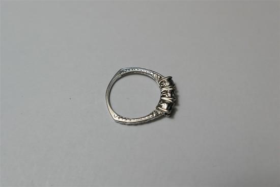 14k gold and gem set ring stylish setting