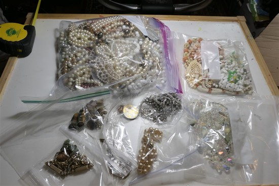 Large lot costume jewelry necklaces