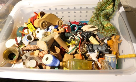 Large lot of miniatures, toyx, dollhouse items etc