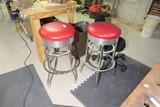 2 vintage diner bar stools