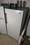 Whirlpool upright freezer - works
