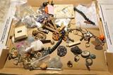 Lot of nicer, unusual antique jewelry etc