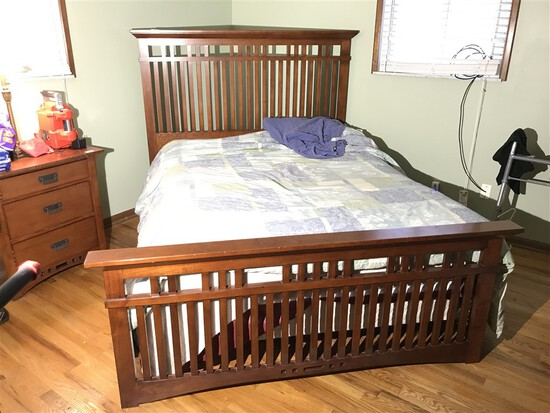 Mission style Queen Sized bed by Broyhill
