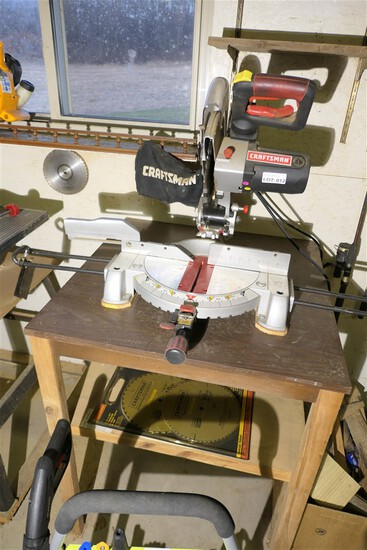 Craftsman Radial Saw on Table w/Blades