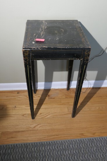 Antique Federal Hepplewhite Stand with Original Paint