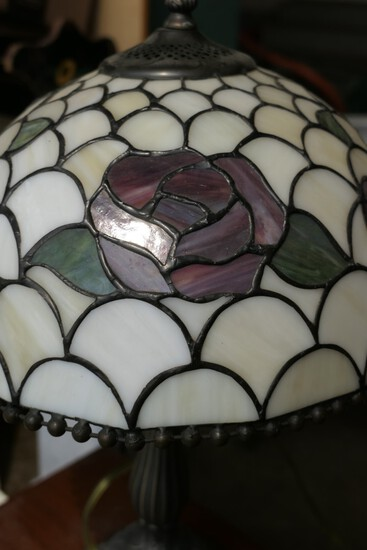 Vintage leaded glass style lamp
