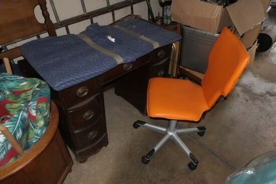 Antique desk and vintage style chair