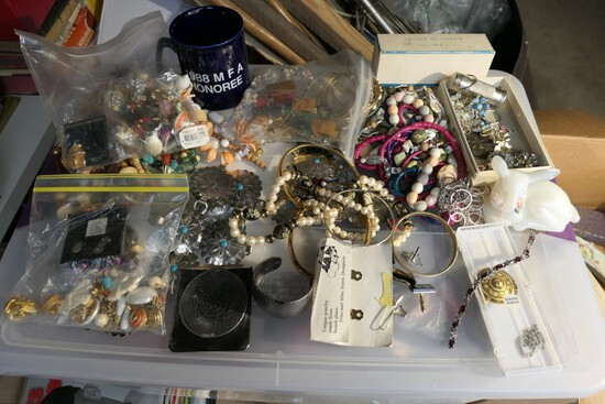 Large lot assorted vintage costume jewelry etc