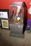 Antique style display cabinet with metal base