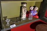 Shelf lot assorted macabre items