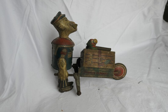Antique Tin Litho Popeye the Sailor Wind up Toy