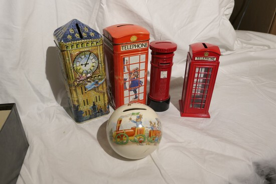 Group lot of assorted English banks including Bunnykins