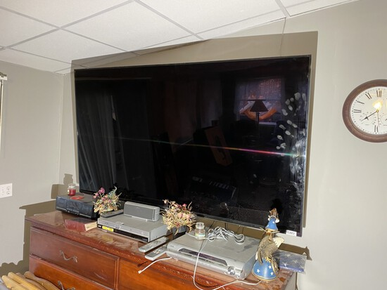 72 Smart TV by Samsung