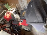 Craftsman LT2000 Riding Lawn Mower with Bagging System