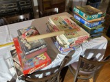Group lot of assorted games, puzzles etc