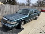 1995 Lincoln Towncar Signature Sedan