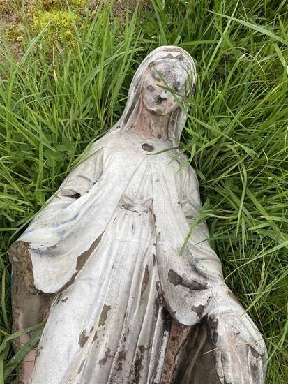 Antique Cast Ceramic Virgin Mary Lawn Decor Piece