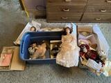 Large group lot of vintage dolls