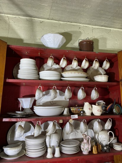 Cupboard lot - 2 China sets inc. Warwick