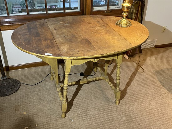 Antique Pembroke Style Drop Leaf Table PLUS lamp