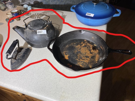 Cast iron pan, kettle, sad iron lot