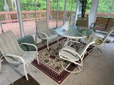 Patio table w/5 chairs, plus rug