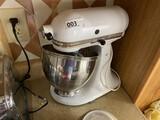 Nice vintage KitchenAid Ultra Power Mixer