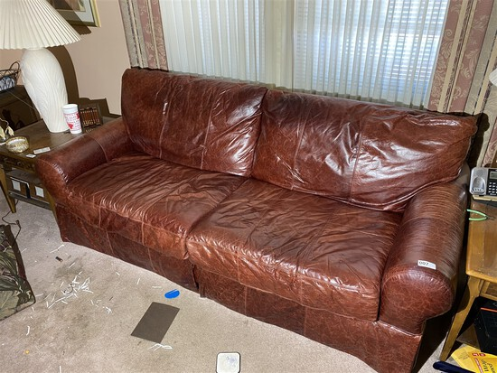 Nice Bassett Leather Couch