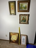 Group lot of decorative art