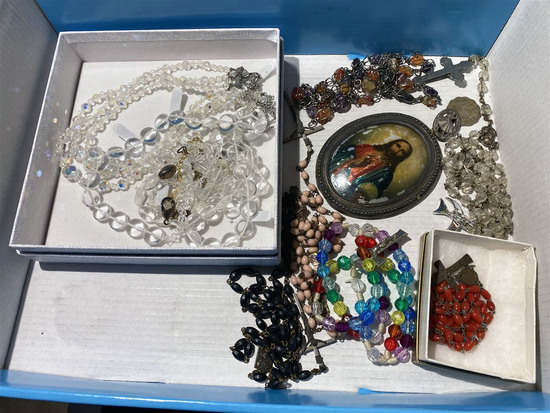 Flat lot of antique rosaries, religious items