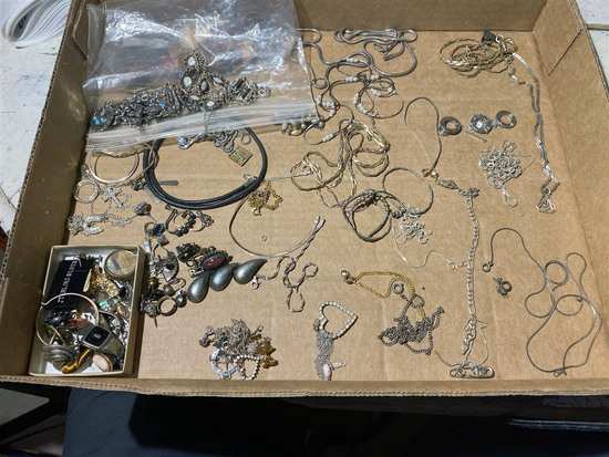Flat lot of mostly sterling silver vintage jewelry