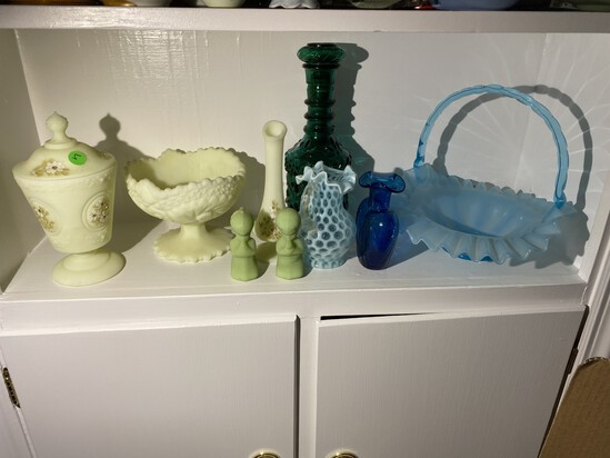 Shelf lot of mostly vintage Fenton glass