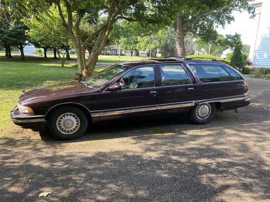 1996 Buick Roadmaster Estate Wagon w/5.7L Corvette Engine