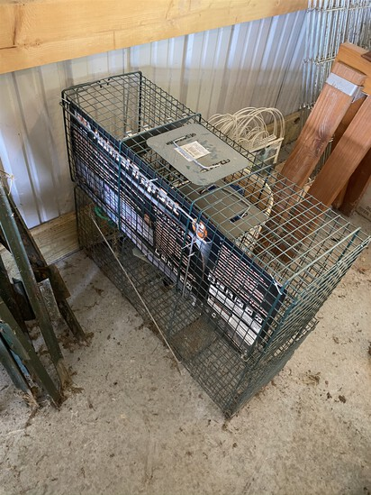 Group lot of 3 metal animal cages