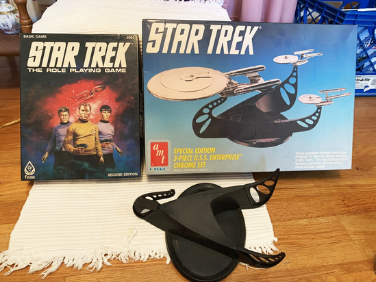 Vintage Star Trek game and model lot