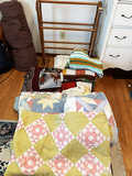 Quilt Rack, Quilts and Blankets