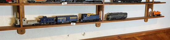Vintage Lionel Model Railroad Engines, Cars lot