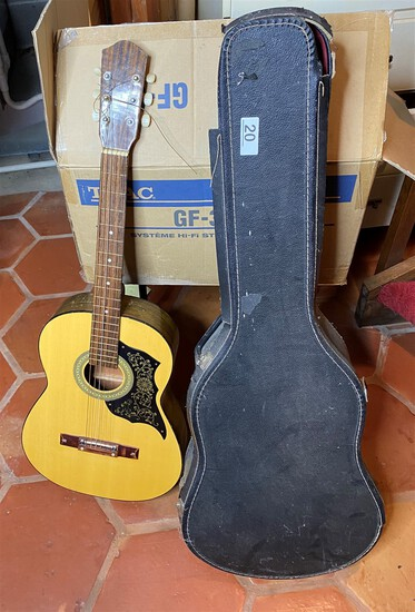 Vintage Child Sized Acoustic Guitar in Case