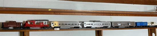 Vintage Lionel Model railroad cars including metal
