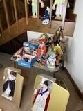 Group lot of assorted vintage dolls