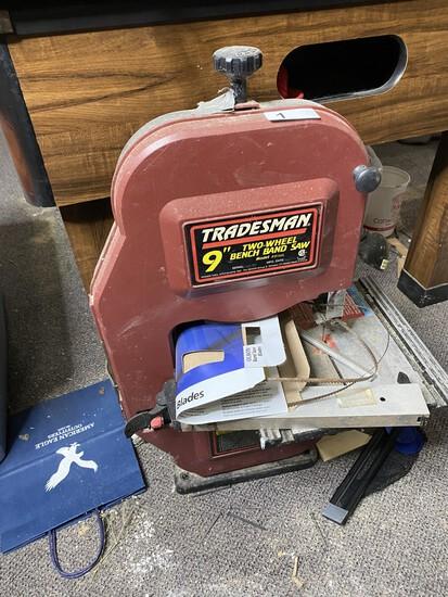 "Tradesman 9"" Two-Wheel Bench Band Saw"
