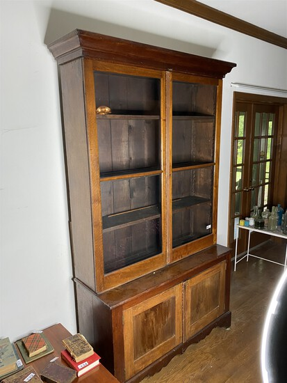 Large 19th century Flat Wall Store Cupboard