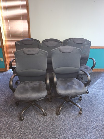 8 Ultra Suede. and Mesh Office Chairs, Adjustable,  5 casters, GREAT CONDITON