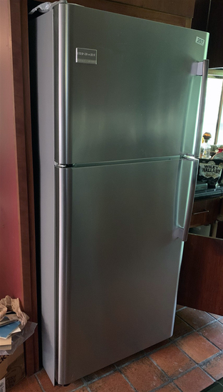 WORKS GREAT! Stainless Steel Frigidaire Professional Freezer / Refrigerator Combo. Model JD/2P