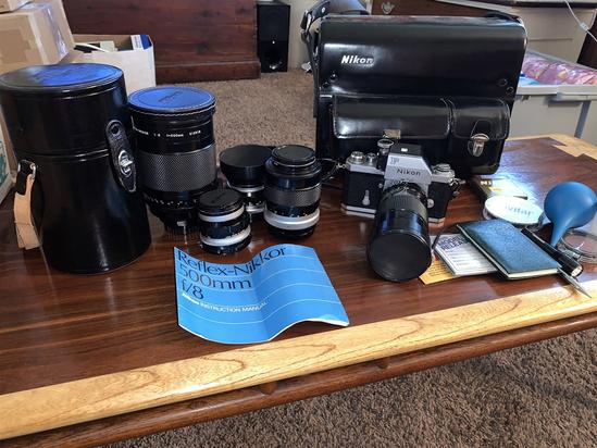 Nikon F camera, Case, 3 Lenes and accessories
