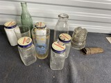 Group lot of old glass - Coca cola, insulator, Red & White
