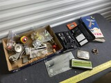 Group lot of vintage items