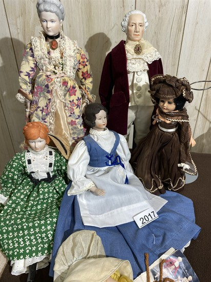 Group lot of nicer vintage dolls