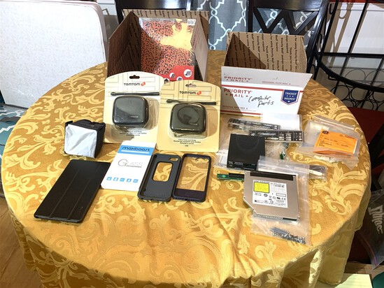 Assortment of Electronic Items & Cases