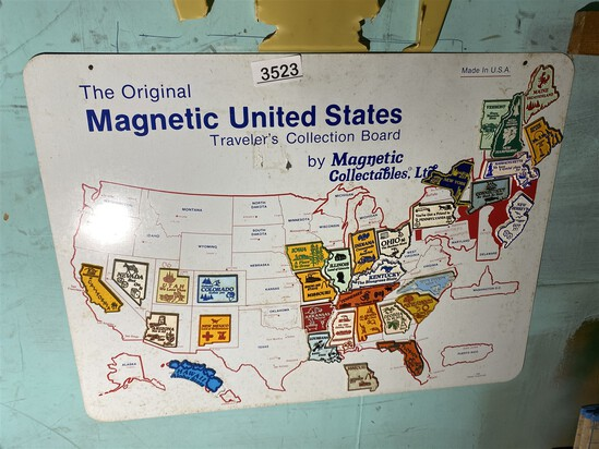 Vintage magnetic USA Souvenir magnet holder